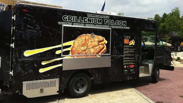 The-Grillenium-Falcon-Your-New-Favorite-Food-Truck-full1