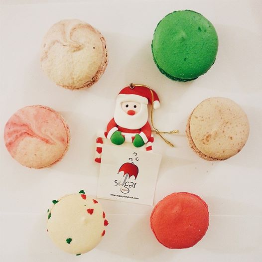 Sugar Philly Holiday Macaroons