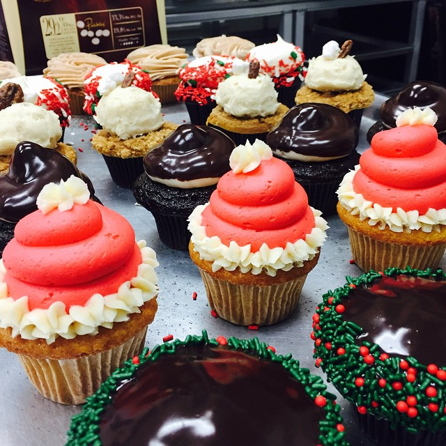 Sweet Box Holiday Cupcakes
