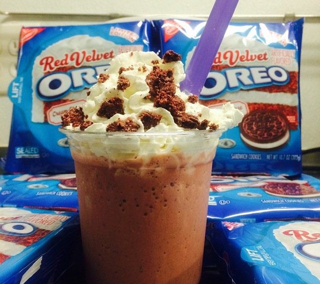 Sweet Cravings NY - Red Velvet Oreo Milkshake