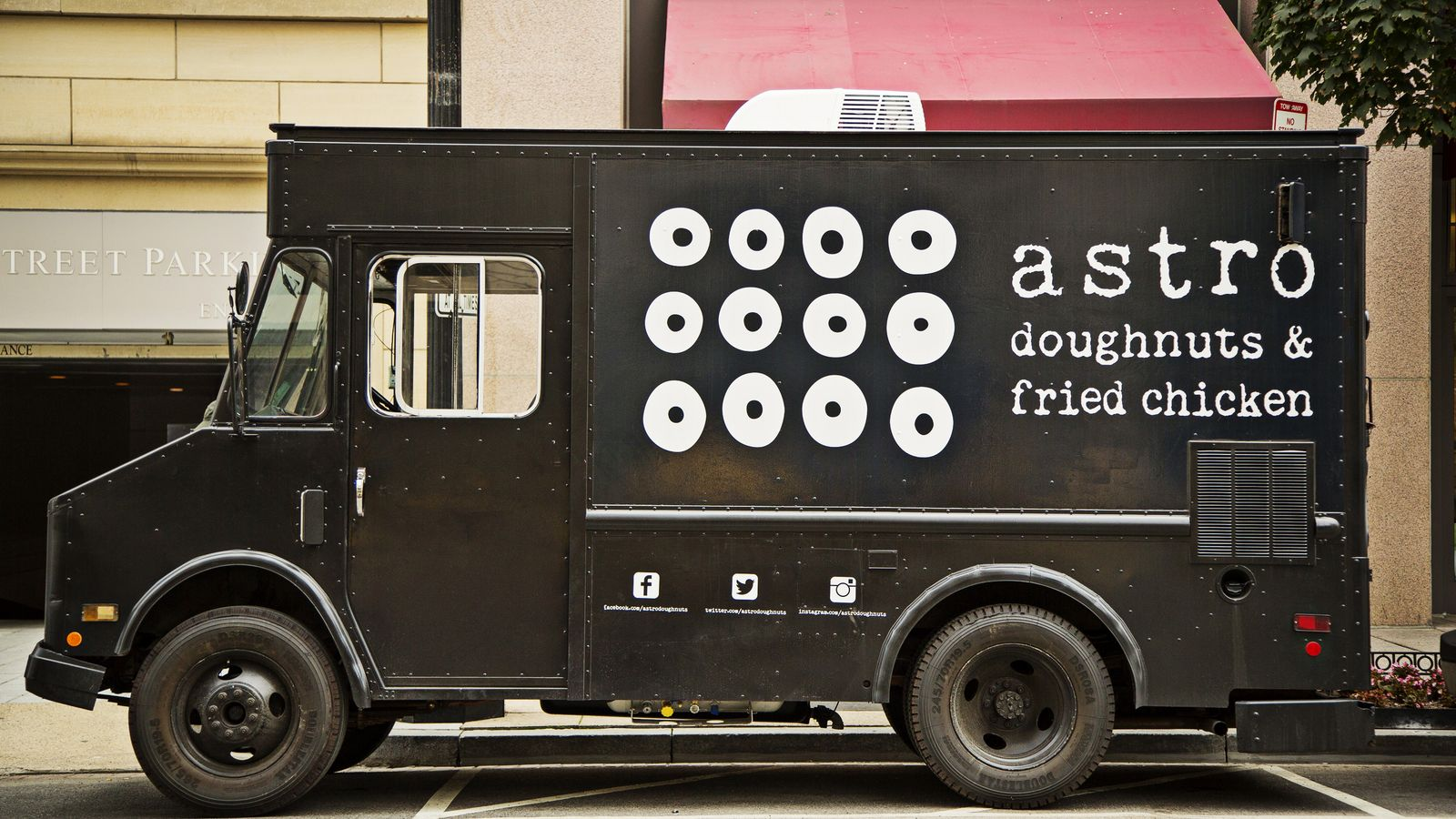 Astro Doughnuts & Fried Chicken Truck