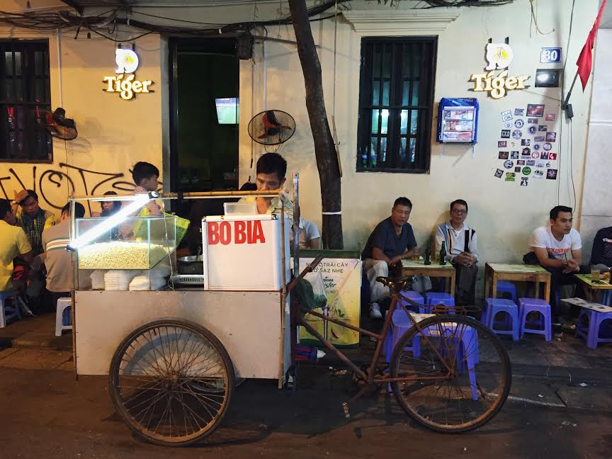 Vietnamese bicycle food cart