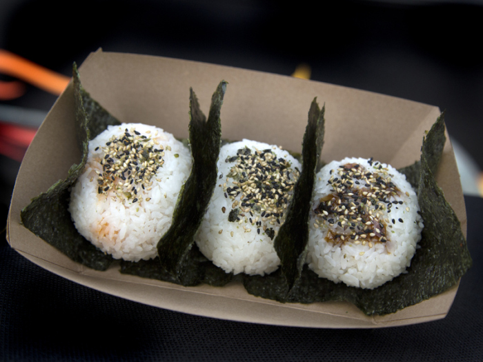 rice-balls-of-fire-food-truck-los-angeles-food-truck-02