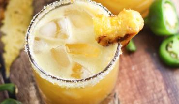 Grilled Pineapple Jalapeno Margarita - Cinco de Mayo Drinks