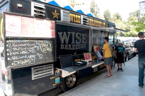 why company lunch is a great team building activity wise bbq truck