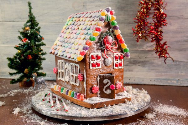 corporate-holiday-party-gingerbread-house