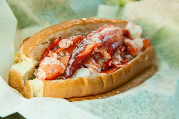 corporate-holiday-party-lobster-roll