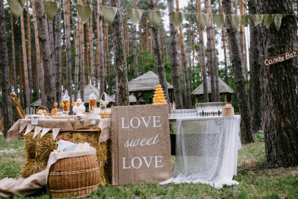 diy-rustic-wedding-decorations