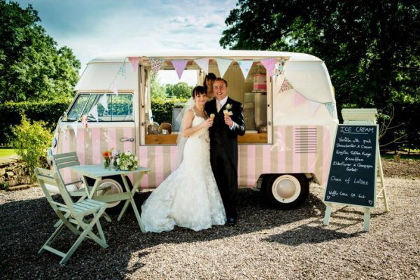 How To Have A Cheap Wedding.11 Tips To Have An Inexpensive Wedding Day Roaming Hunger